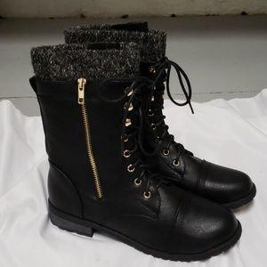 Shoes - NWOB BOOTIES NEVER WORN
